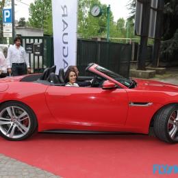 Jaguar_FType_Desire_004